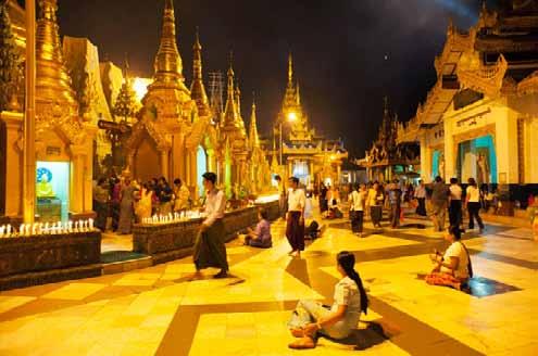 The Shwedagon Pagoda in Yangon at night photo: voyagestoantiquity.com