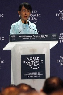 "Aung San Suu Kyi speaks dusring the ""One-on-One Conversation with a Leader"" events as part of the World Economic Forum on East Asia in Bangkok on 1st June 2012. Photo: dvb.no"