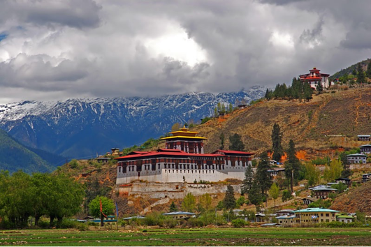 THE DZONG IN THE PARO VALLEY, BHUTAN BUILT IN 1646