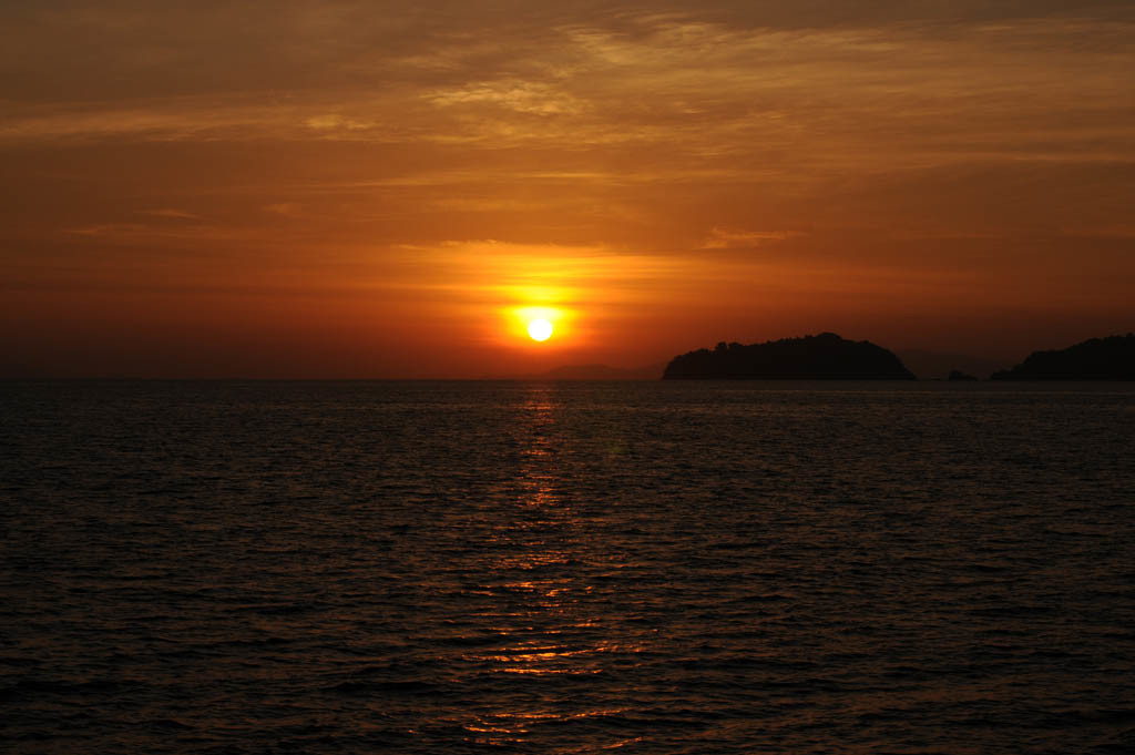 Sunset-in-Mergui-1