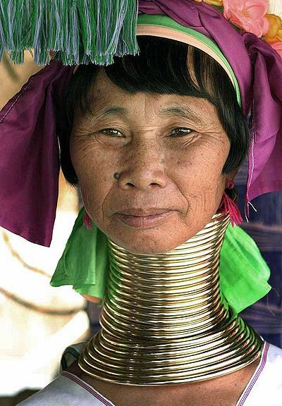 "THE FASCINATING ""LONG NECK"" PEOPLE OF MYANMAR"